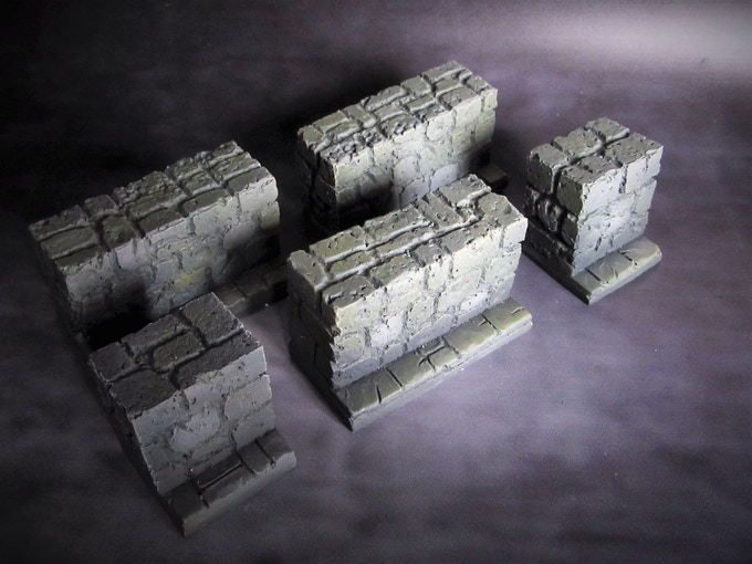 Walls (Supplied unpainted) 500g