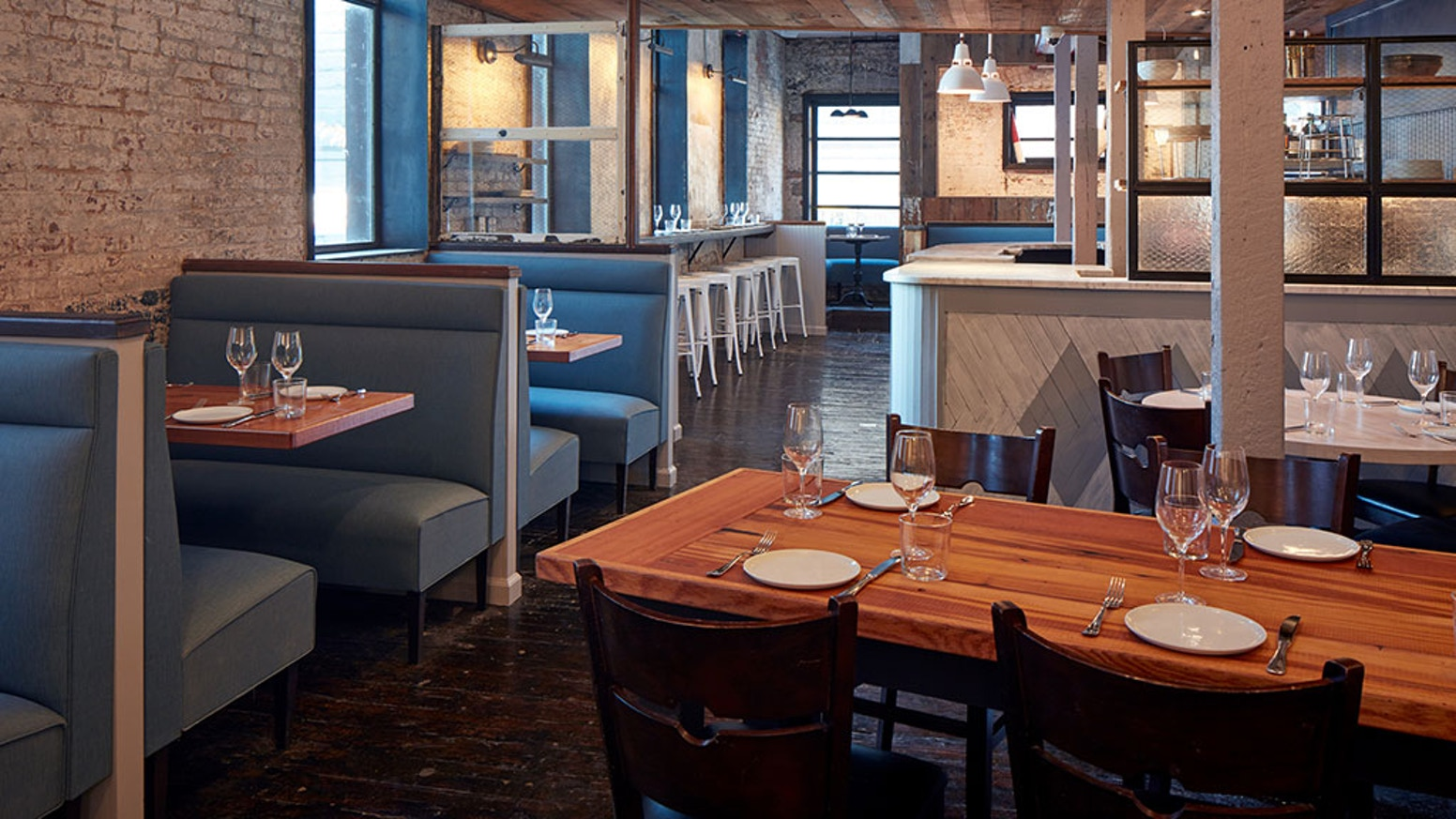 All Hands Restaurant Now Open In S Williamsburg Brooklyn By