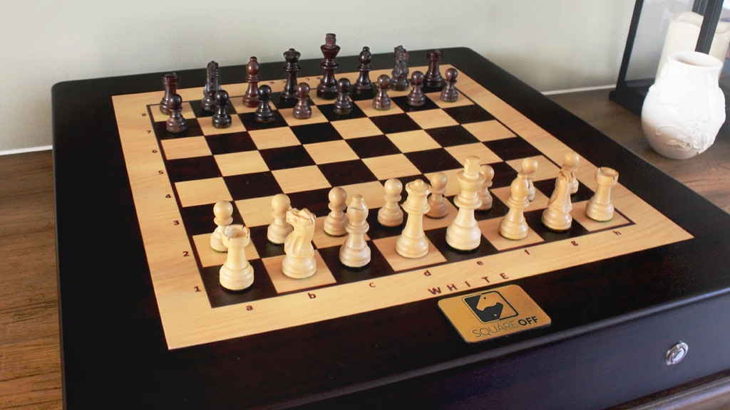 Square Off Worlds Smartest Chess Board By Infivention