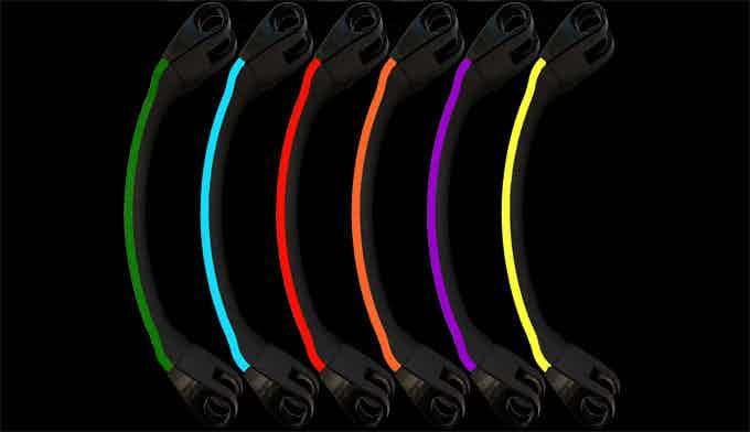 6 colors : green, blue, red, orange, purple, yellow