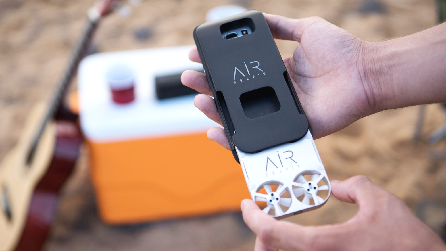 AirSelfie is the only portable flying camera integrated into your mobile phone cover. Contact us to pre-order.