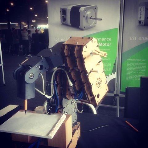 "5 DOF robot ""woody"""