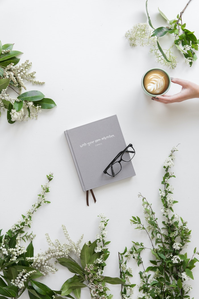 A minimal, spacious, purpose-full planner for extraordinary minds.