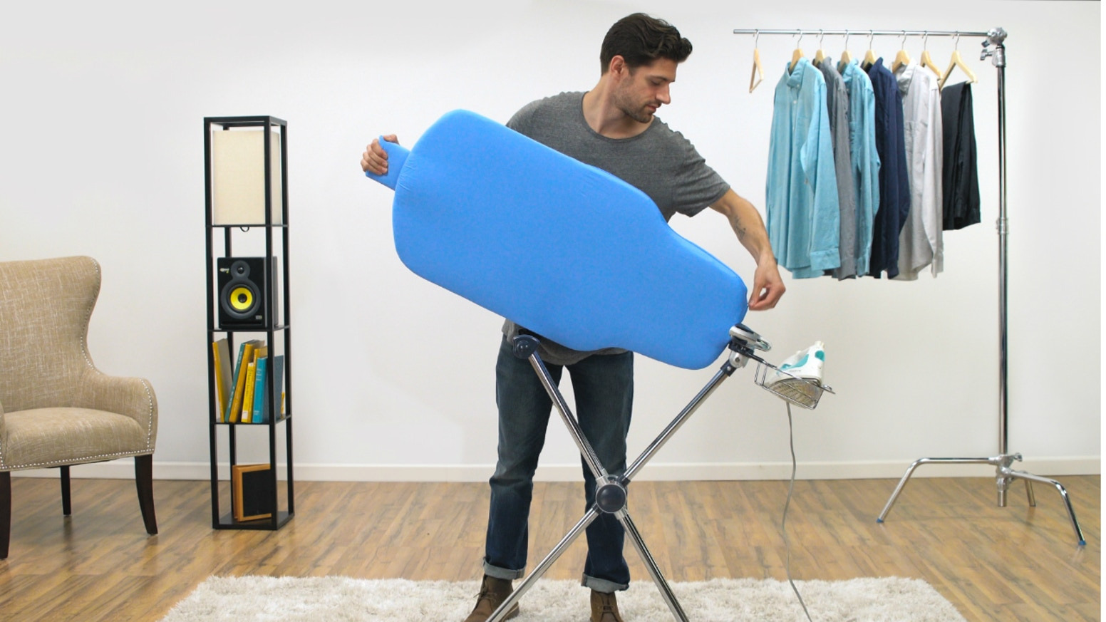 The first redesign of the ironing board since 1892. We have a way to shorten your ironing times by up to 80%.