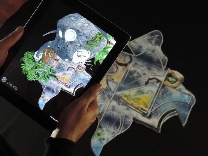 Realidad Aumentada en tela. Augmented Reality over cloth