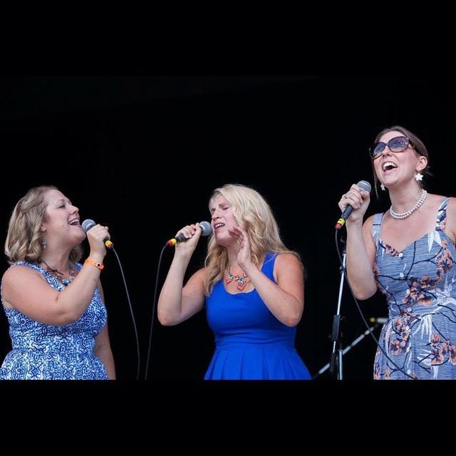 Mainstage Philly Folk Fest 2015