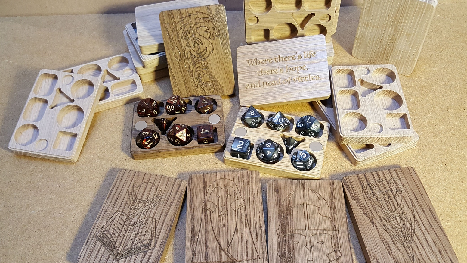 An awesome solid Oak dice box for your D&D polyhedral dice, held together with magnets with a finger ridge to make it easier to open. Kickstarter pledges have been fulfilled so we are ready to go!