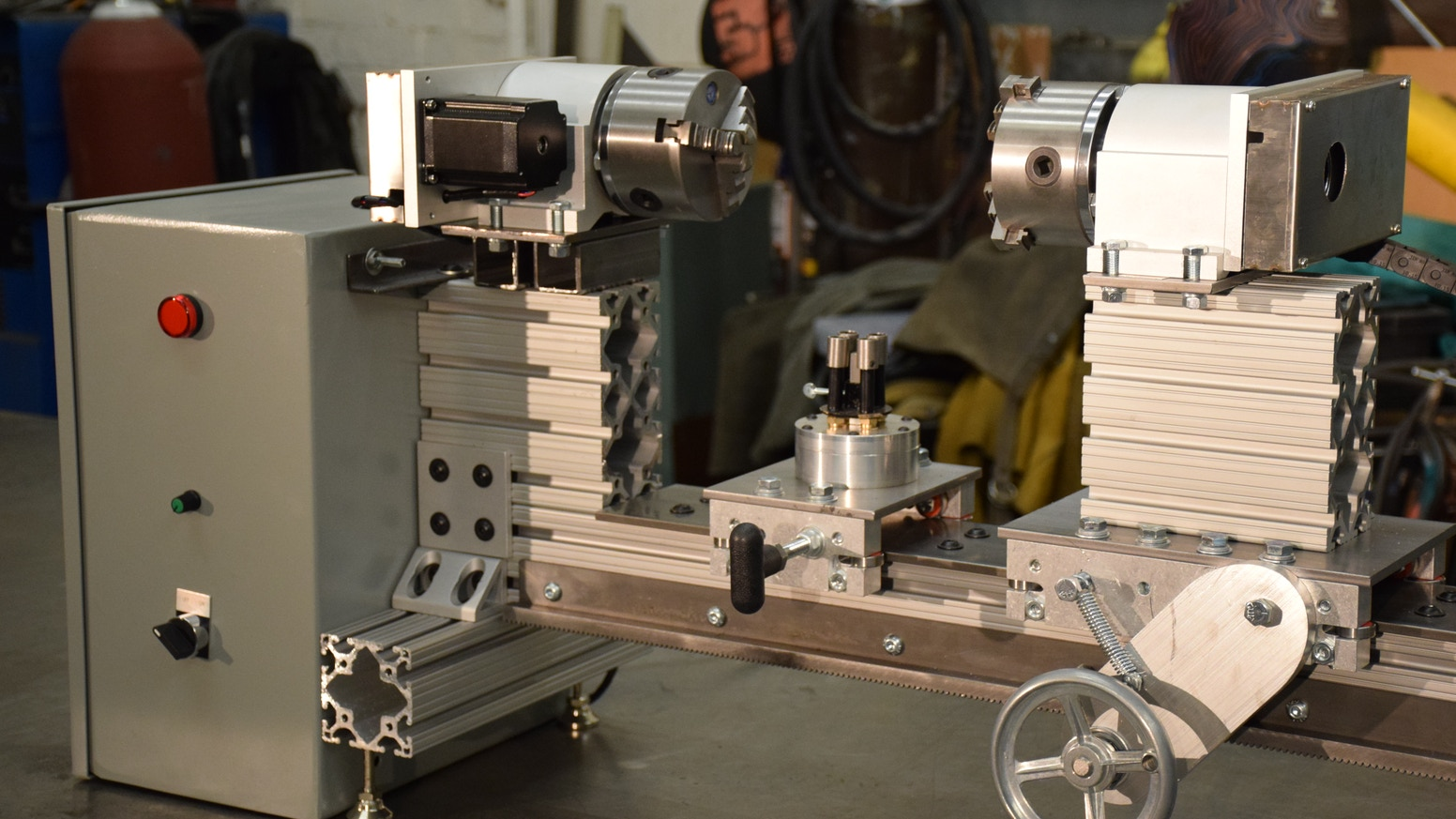 Kube OpenLathe - The open source glass blowing lathe! by