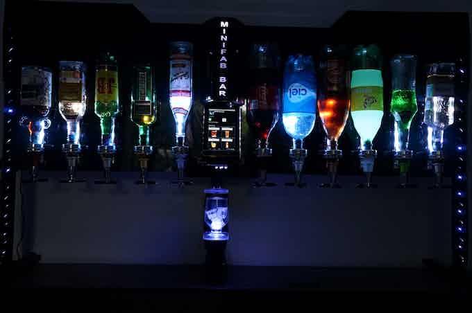 Barbot iluminado con leds RGB ritmicas