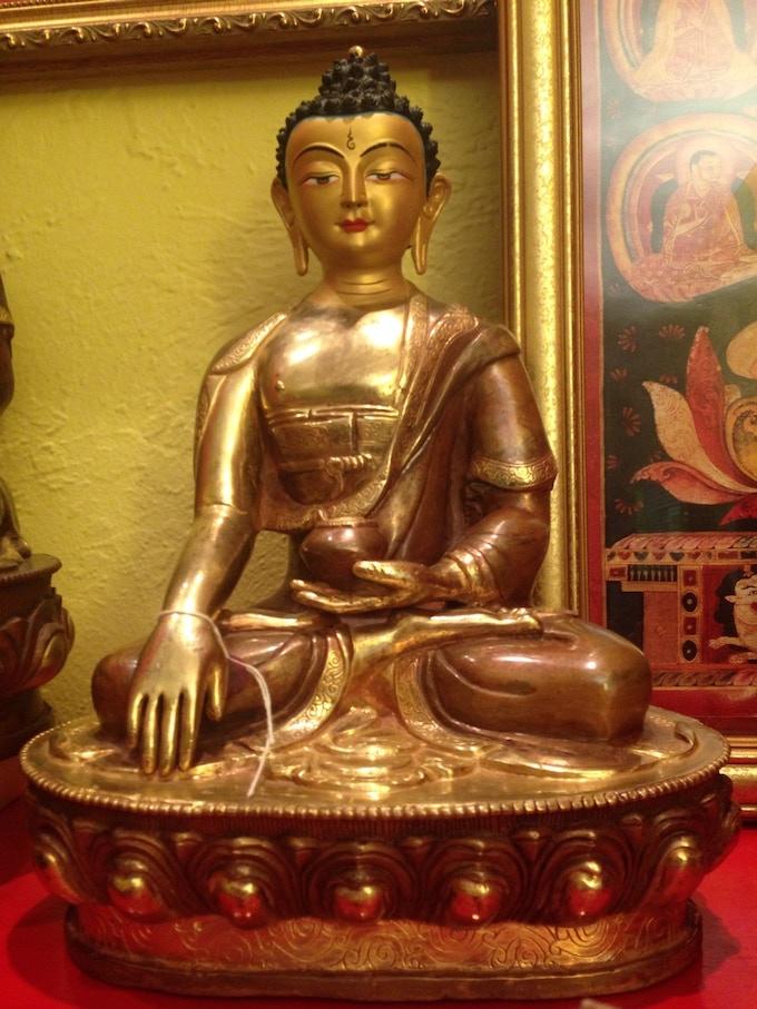Buddha Shakyamuni very large statue
