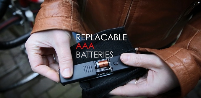 Easy to replace AAA batteries