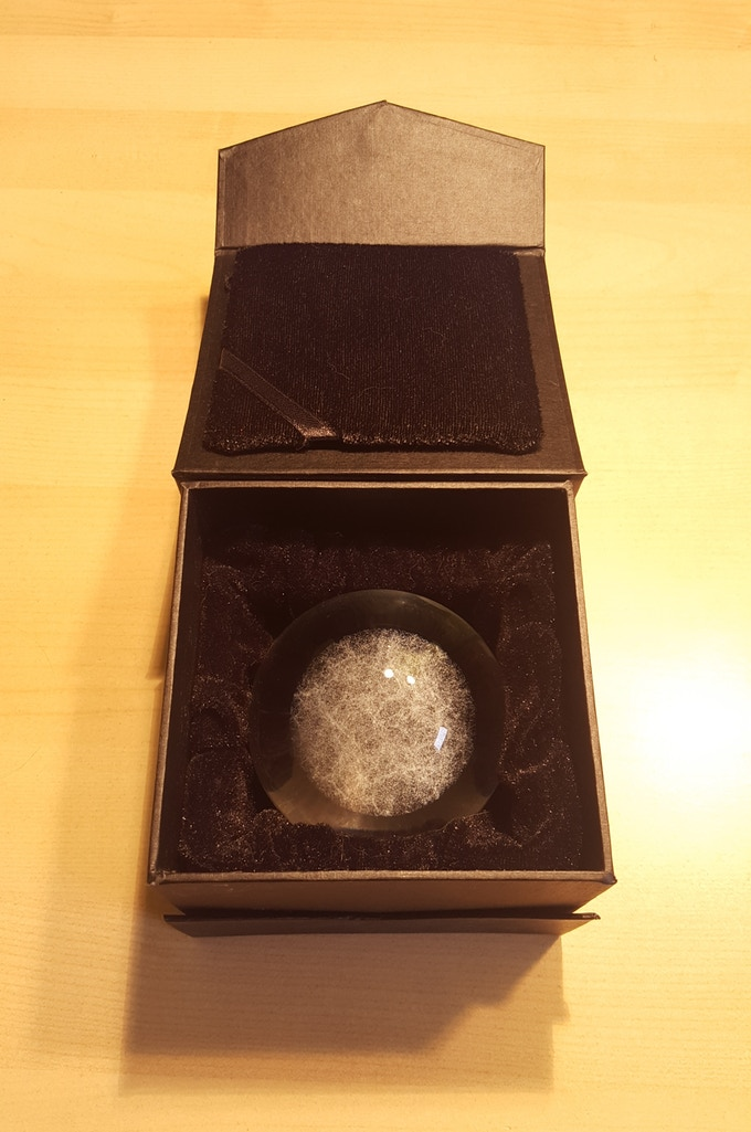 Universe Sphere in it´s box.