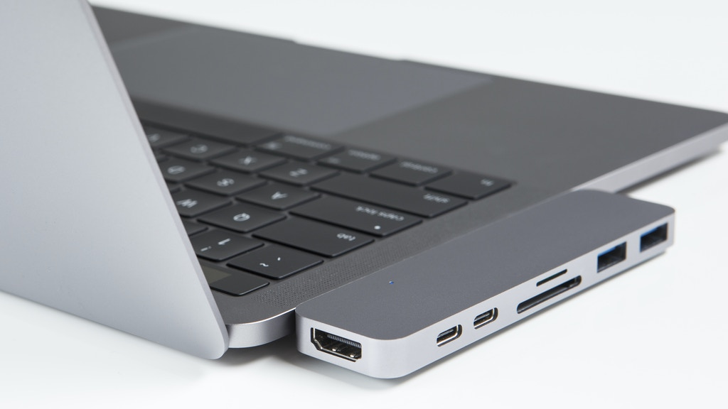 HyperDrive: Thunderbolt 3 USB-C Hub for 2016 MacBook Pro project video thumbnail