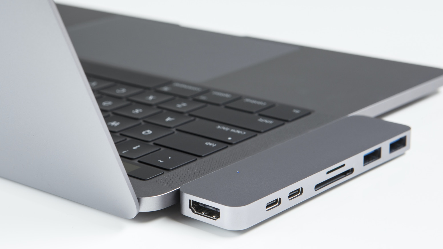 HyperDrive: Thunderbolt 3 USB-C Hub for 2016 MacBook Pro by