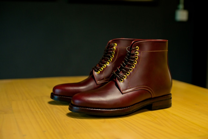 Milestone boots in Bordeaux colorway