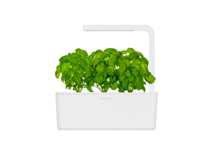 Technology meets nature. This smart garden lets everyone grow fresh herbs at home with zero effort.