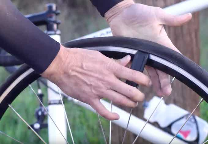 The tire lever works as any great tire lever should- easy removal and installation of the tire.