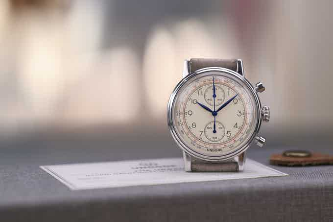 The Urban Chronograph retains all iconic retro features and details of a genuine vintage watch.