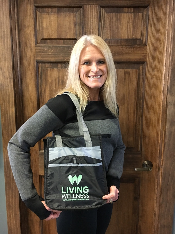 Exclusive Living Wellness Thermal Bag!