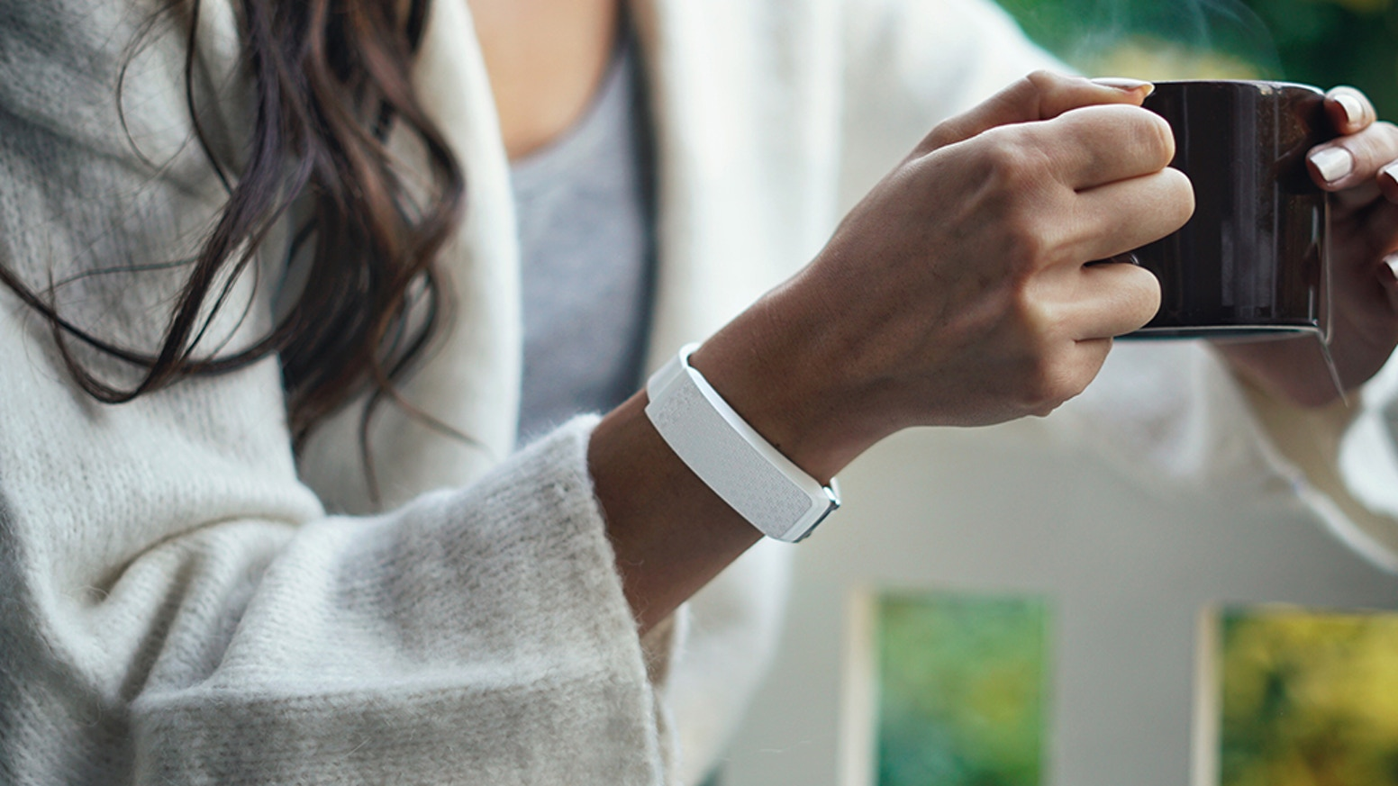 It's the first wearable that mimics a real human touch. A totally new way of communicating. Connecting loved ones wherever they are.
