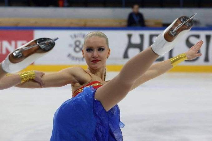 Linda Pilvinen, Figure skater