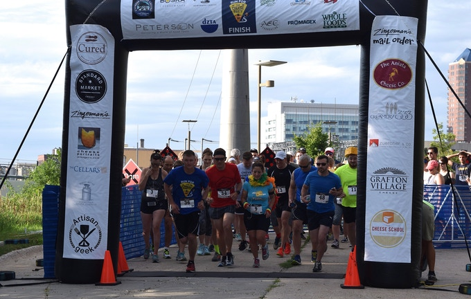 2016 Run for Cheese 5k in Des Moines, Iowa