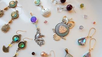 Make 100: Unique Handmade Jewelry