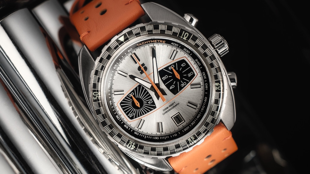 Straton Syncro watch and Racing inspired striped duffel bags project video thumbnail