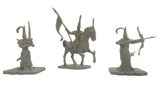The High Elves Expansion includes 20 figures - 5 infantry, 5 cavalry and 10 archers