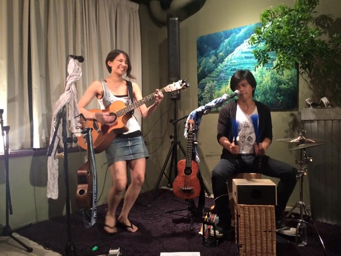 A Private Acoustic house concert for you and your friends!