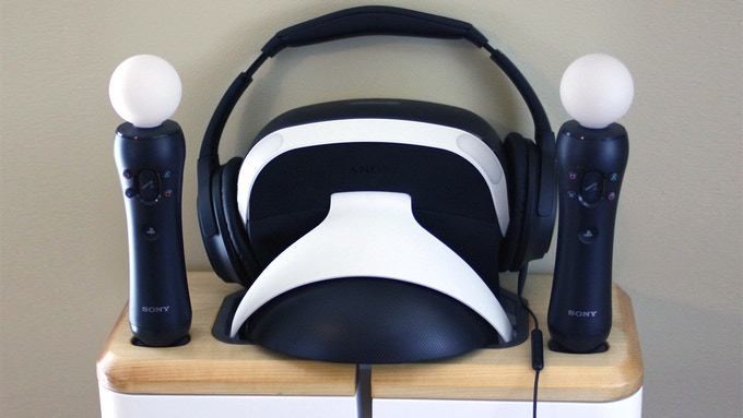 Flexible options for headphone storage