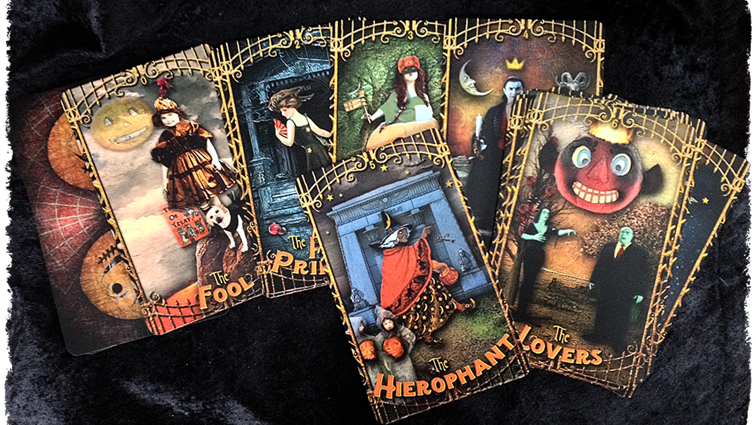A  creepy, kooky, altogether ooky new Tarot pack, in standard and deluxe Jumbo editions. From the creator of Tarot of the Zirkus Mägi.