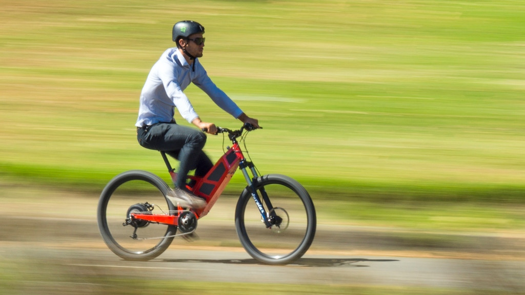 The Stealth P-7 electric commuter bike. project video thumbnail