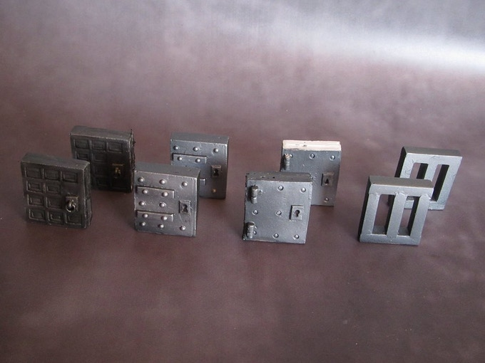 Metal Doors (Supplied unpainted) 50g