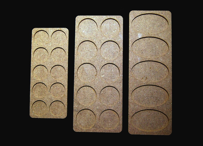 Movement tray for 25mm, 32mm or 60x35mm bases
