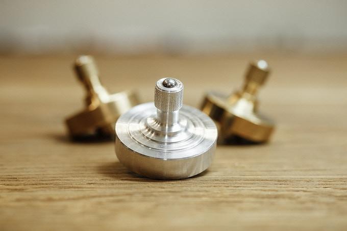 Made of brass, aluminum, bronze, steel