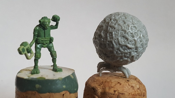 S&S Arim sculpt next to an F&F Cirripod cast