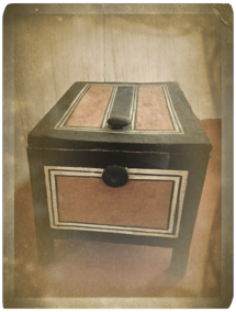 The original Chest from the Louvres