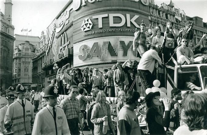 Mattko & Sunnyside Sound System Piccadilly Circus Mayday 1994
