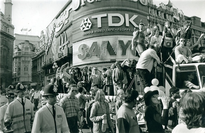 Mattko & Sunnyside Sound System Piccadilly Circus Mayday 1994