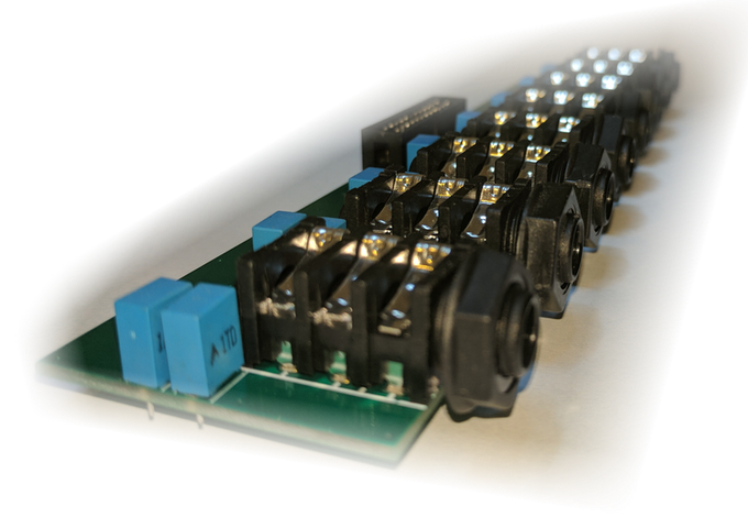 Audioinjector Octo sound card - powered balanced breakout