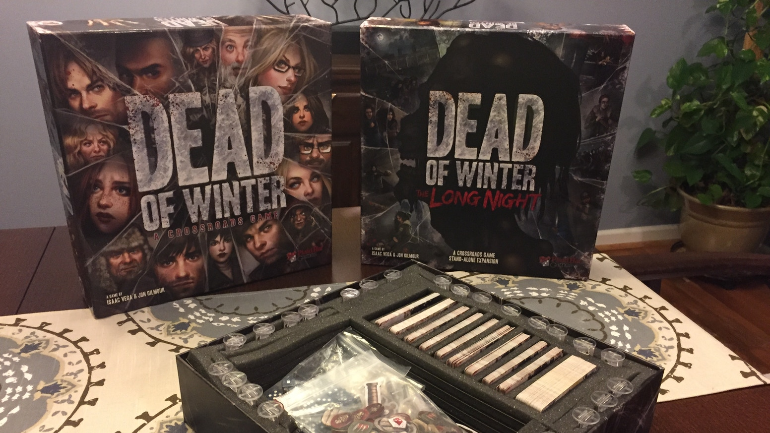 Foam insert for storing and organizing your components for Dead of Winter and Dead of Winter: The Long Night
