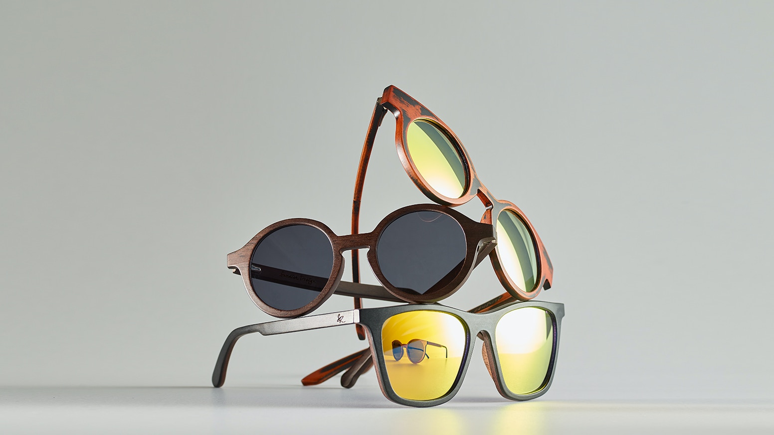 A new way of making wooden sunglasses. Our optical frames can be heated and bent like acetate glasses meaning a perfect fit every time.