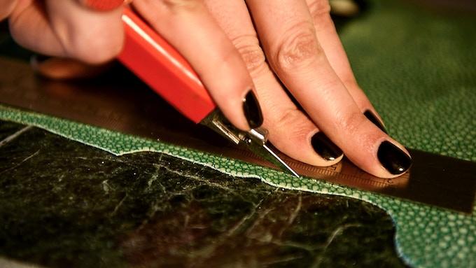 Beatrice cutting the Stingray skin