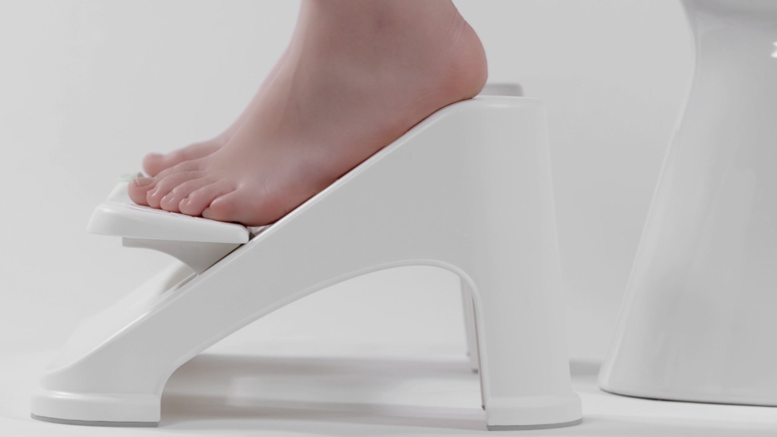 Turbo Stool [FUSION]: An unusually comfortable and height-adjustable toilet stool designed to help you squat = poop better, live well!