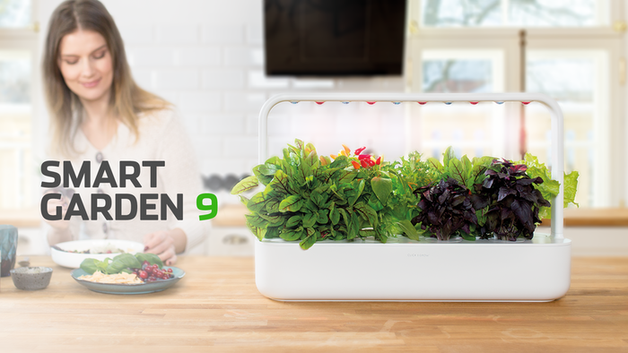 You can grow fresh food all year-round with this self-watering Smart Garden. A unique technology combined with nature. Eat fresh!