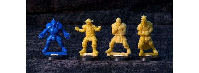 Comparative picture - From left to right: GW new Blitzer , GG Lineman, GG Yeoman, GG Knight - Yellow material is the 3D printer resin, will not be the same used for mass production.