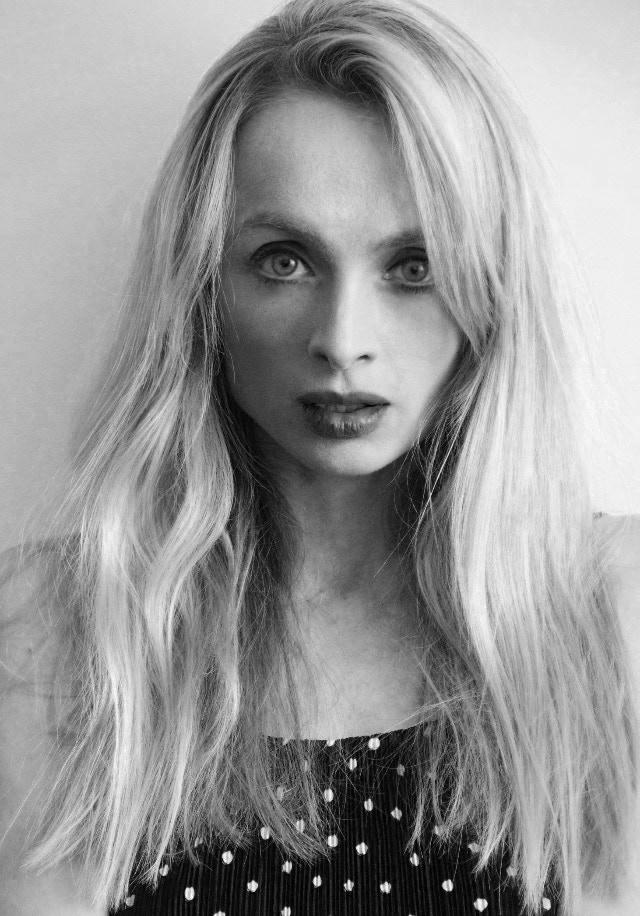 Johanna Stanton - The Guitarist