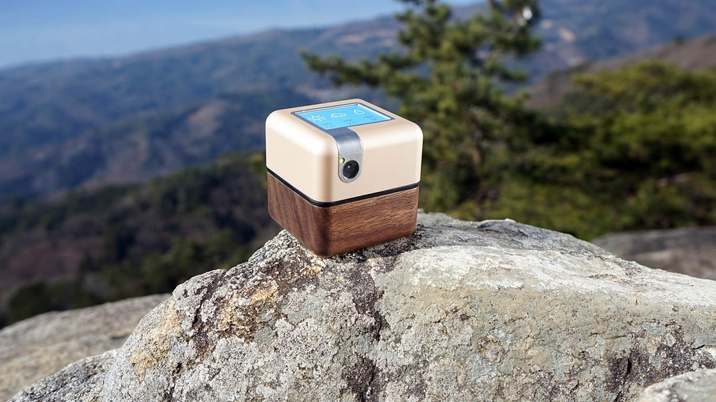 PLEN Cube: The Portable Personal Assistant Robot project video thumbnail