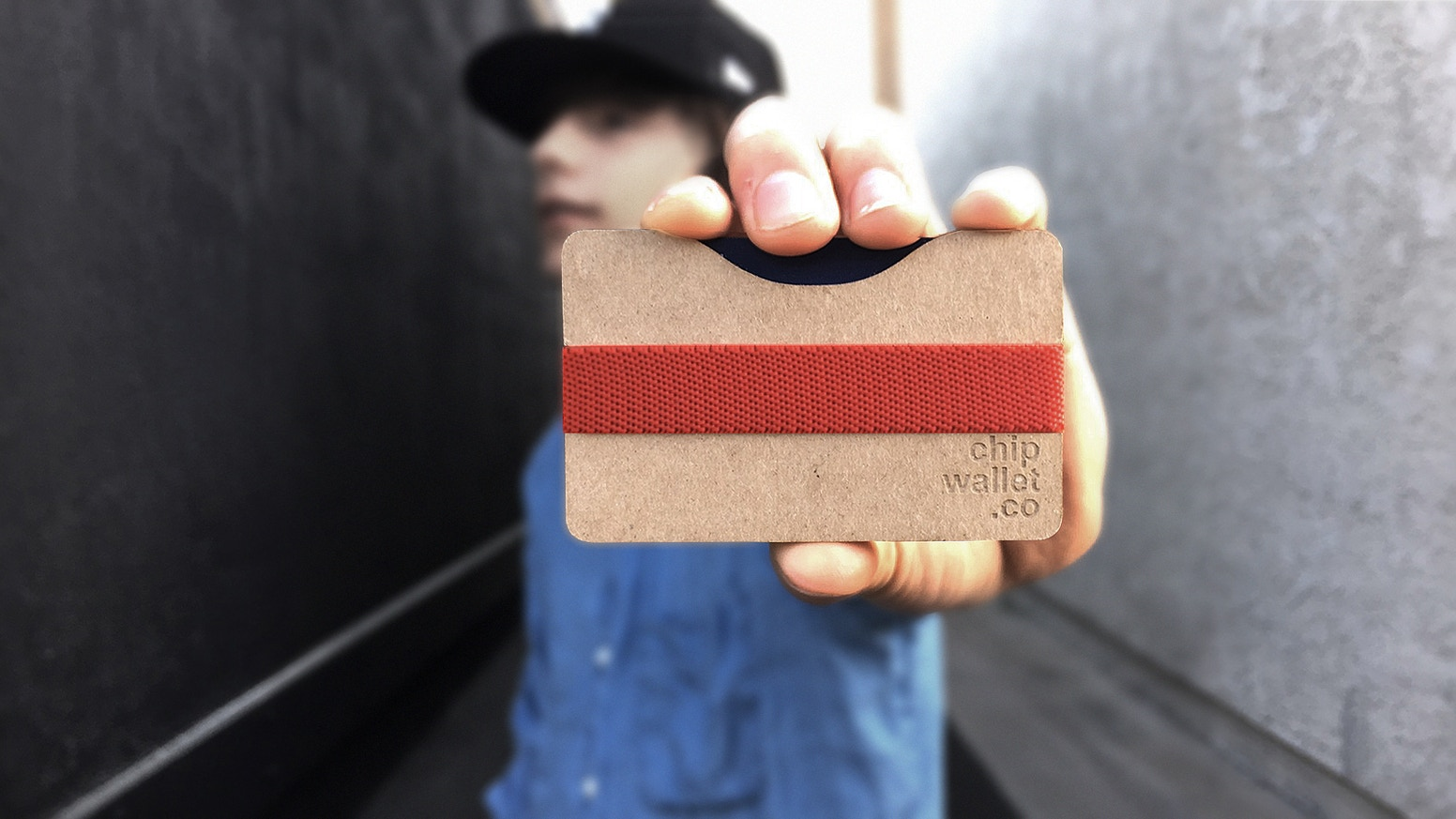 A revolutionary slim wallet made from all natural chipboard with modular plates to fit your lifestyle. Pop it. Assemble it. Carry it.